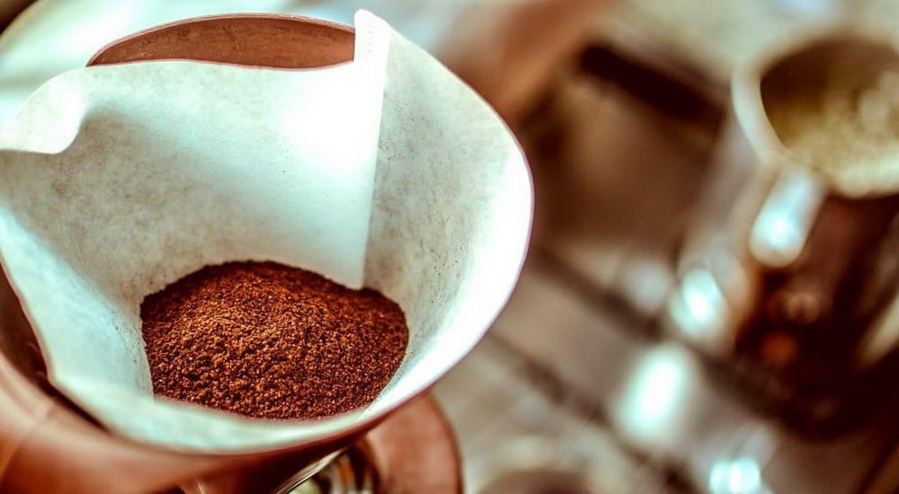 Permanent-Coffee-Filter-vs.-Paper