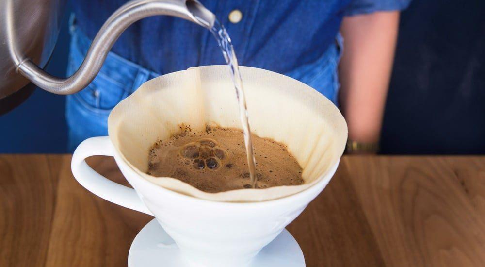 adding salt to coffee